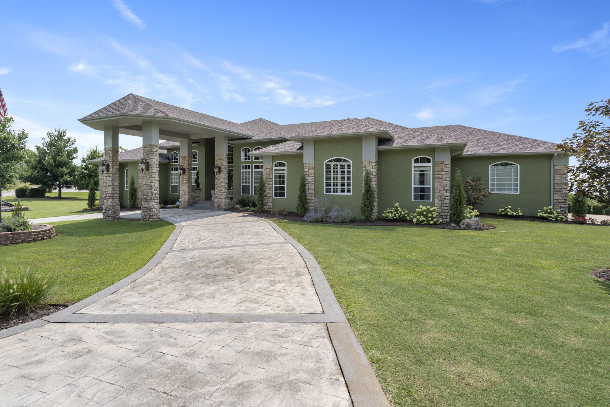 115 Cove View Drive Hollister, MO 65672