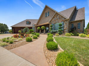 9703 County Road 8530, West Plains, MO 65775