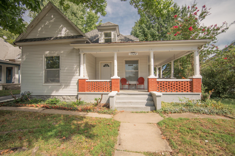 1522 North Robberson Avenue Springfield, MO 65803