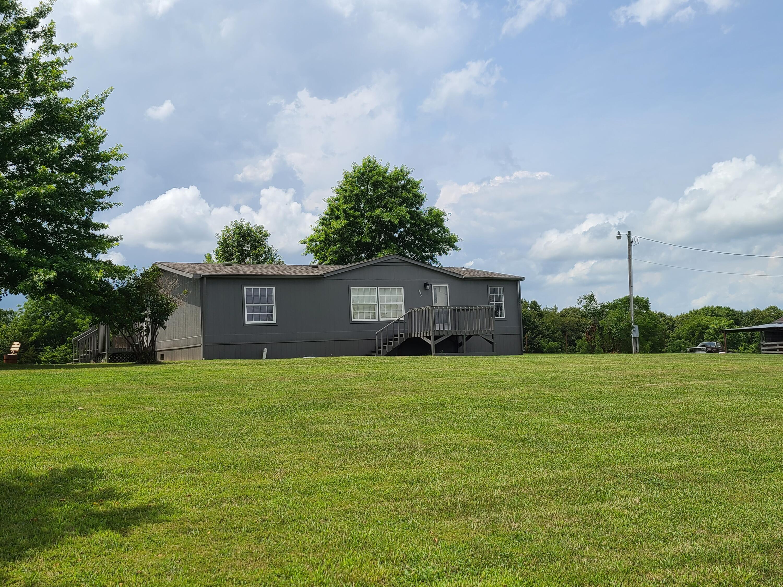 353 Hilltop Oaks Lane Sparta, MO 65753
