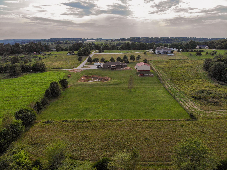 2187 West Burrows Lane Battlefield, MO 65619