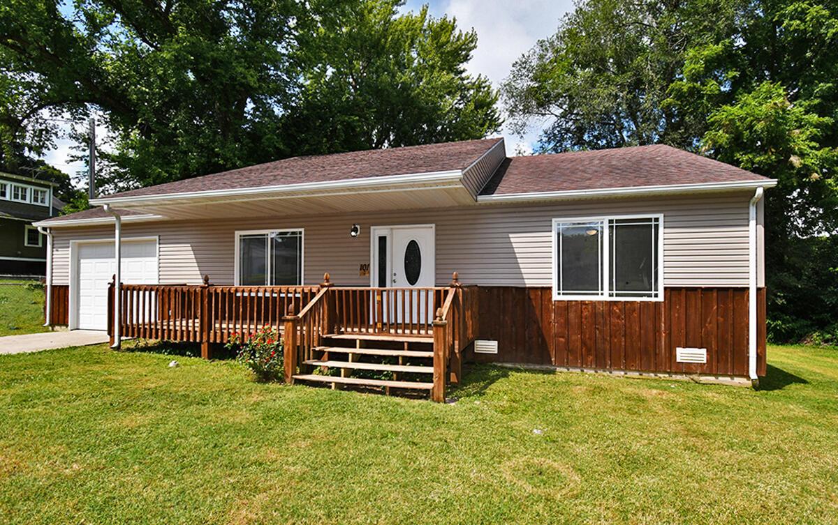 101 North Staeger Avenue Ash Grove, MO 65604