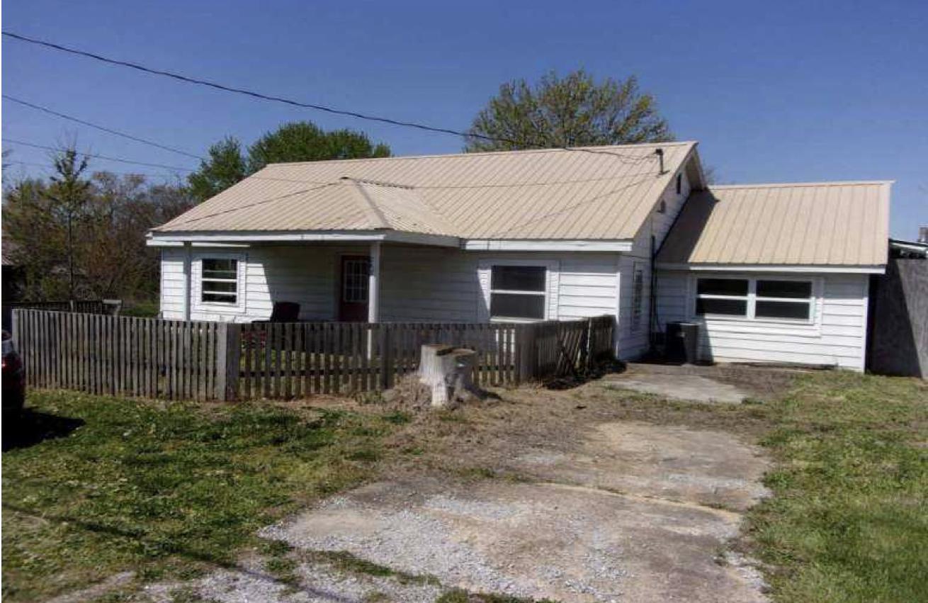 243 North Highway Raymondville, MO 65555
