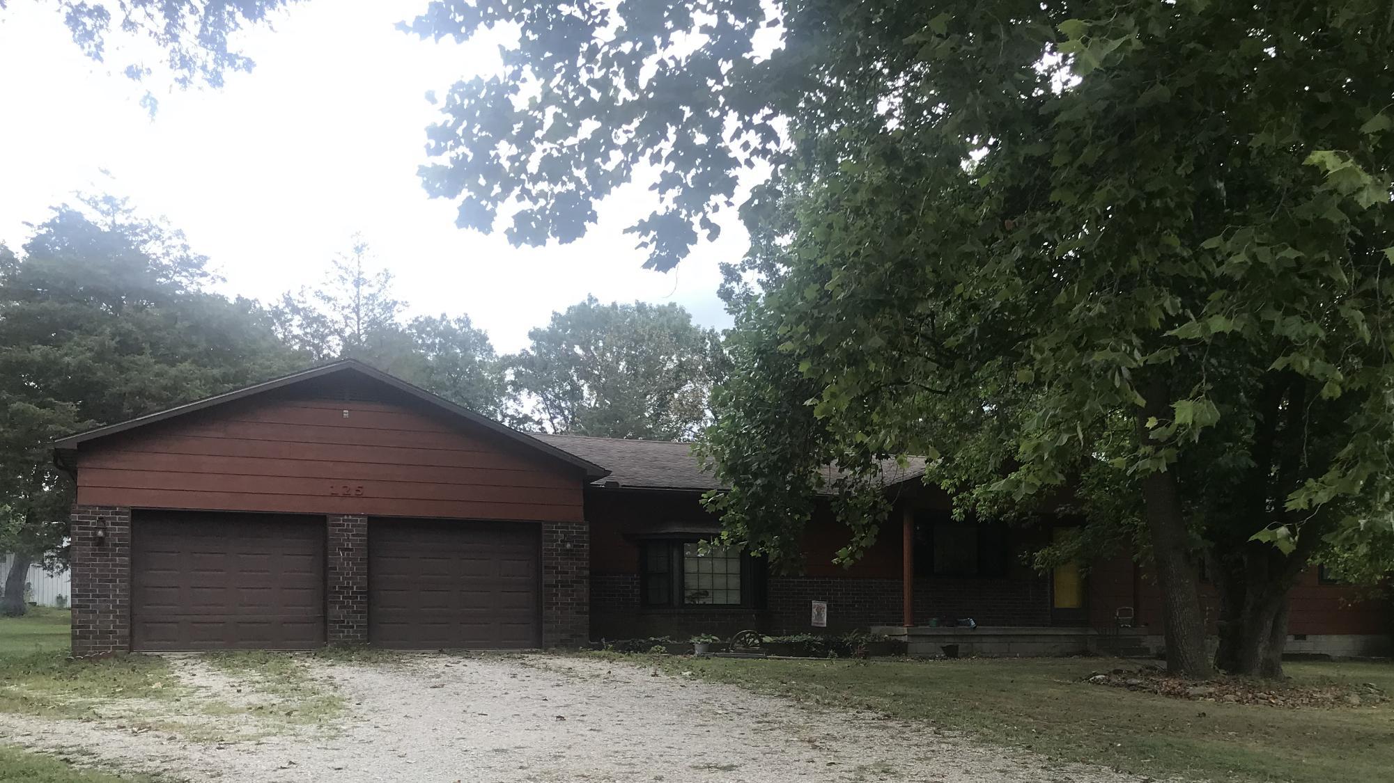 125 Glenwood Circle Cassville, MO 65625