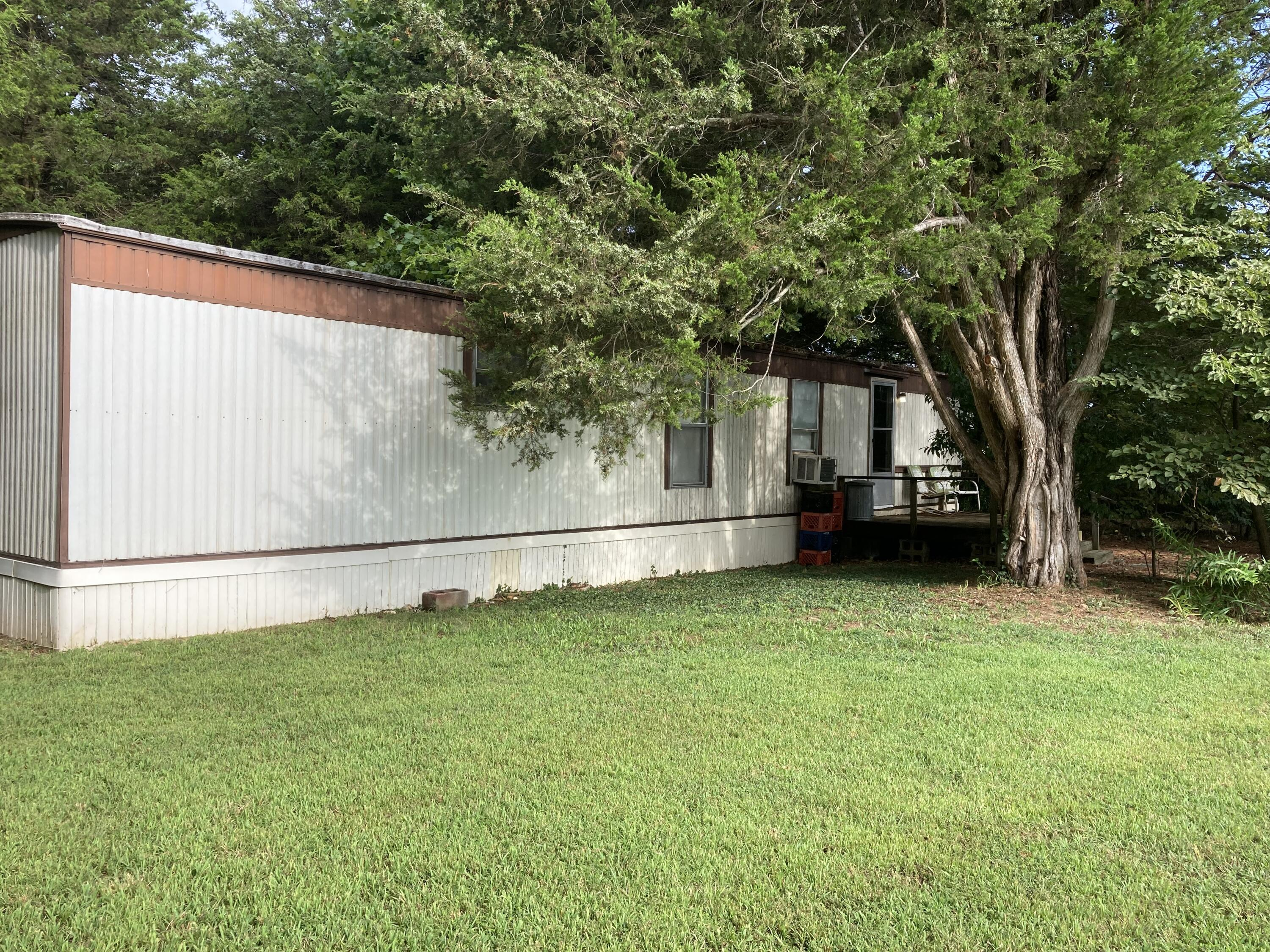 29464 State Highway H Golden, MO 65658
