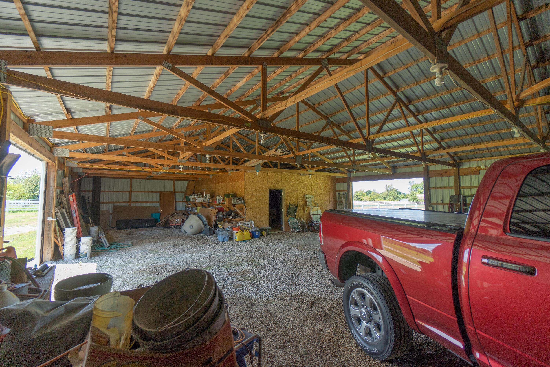 5621 North Farm Road Springfield, MO 65803