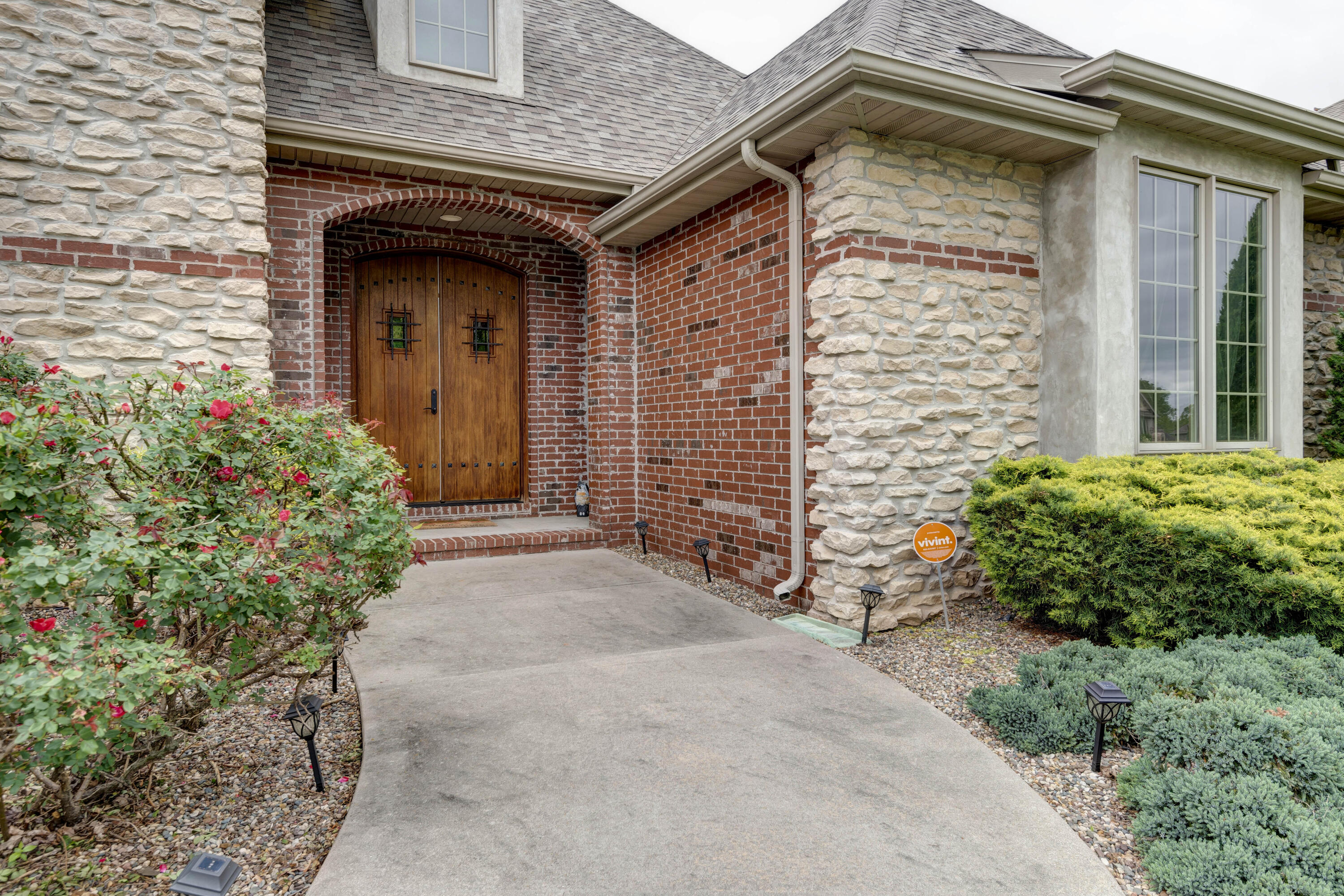 3255 West High Point Street Springfield, MO 65810