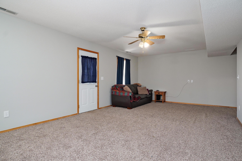 720 Berry Lane Willard, MO 65781