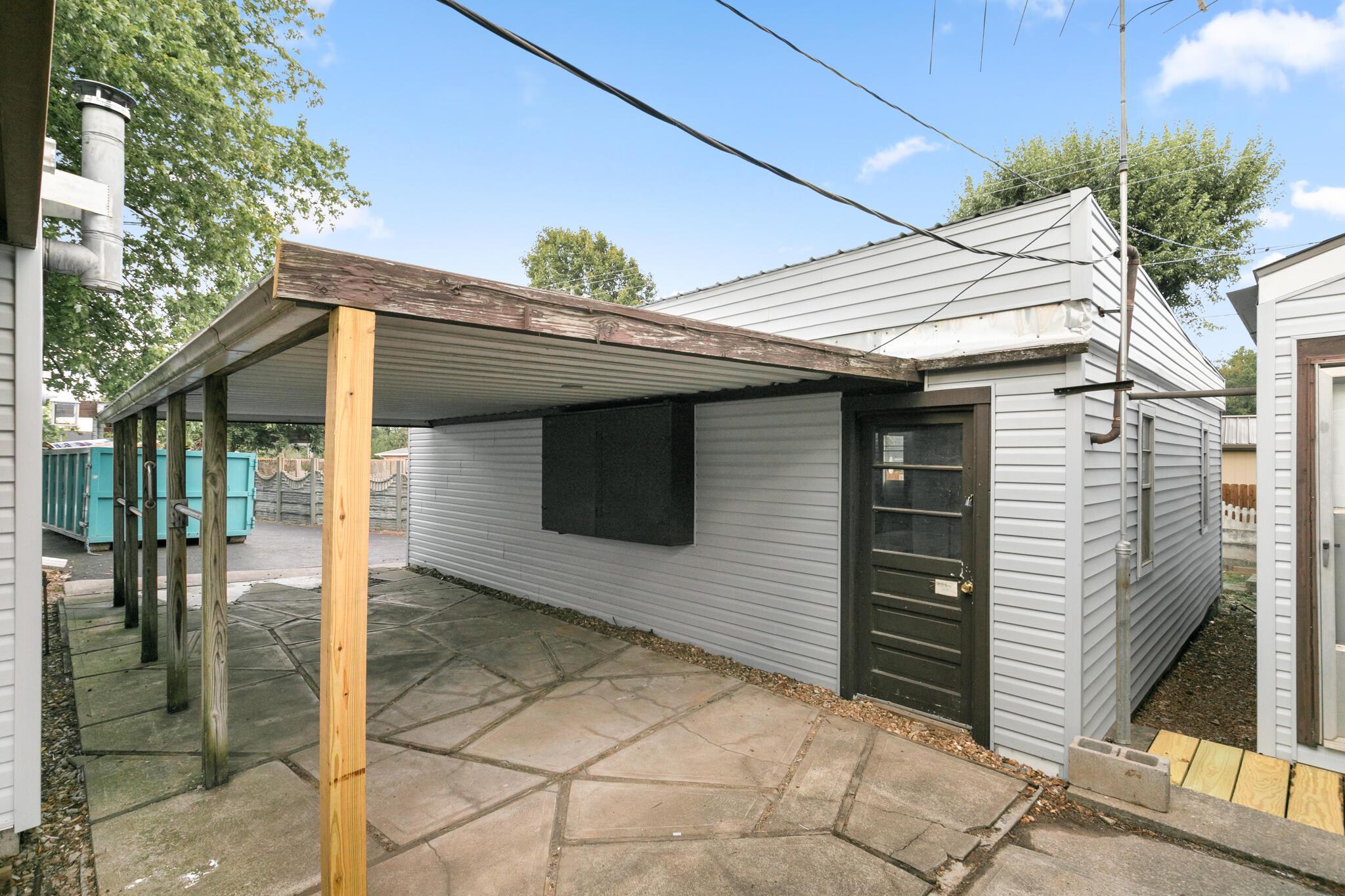 640 Pershing Street Willard, MO 65781
