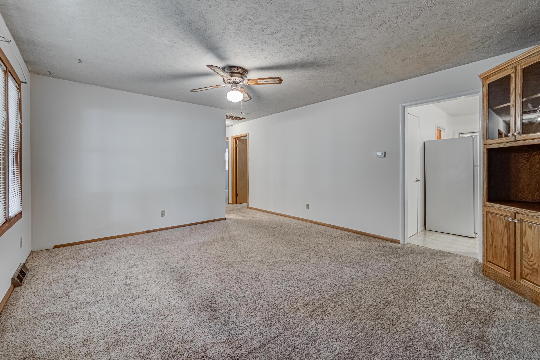 2160 North Link Avenue Springfield, MO 65803