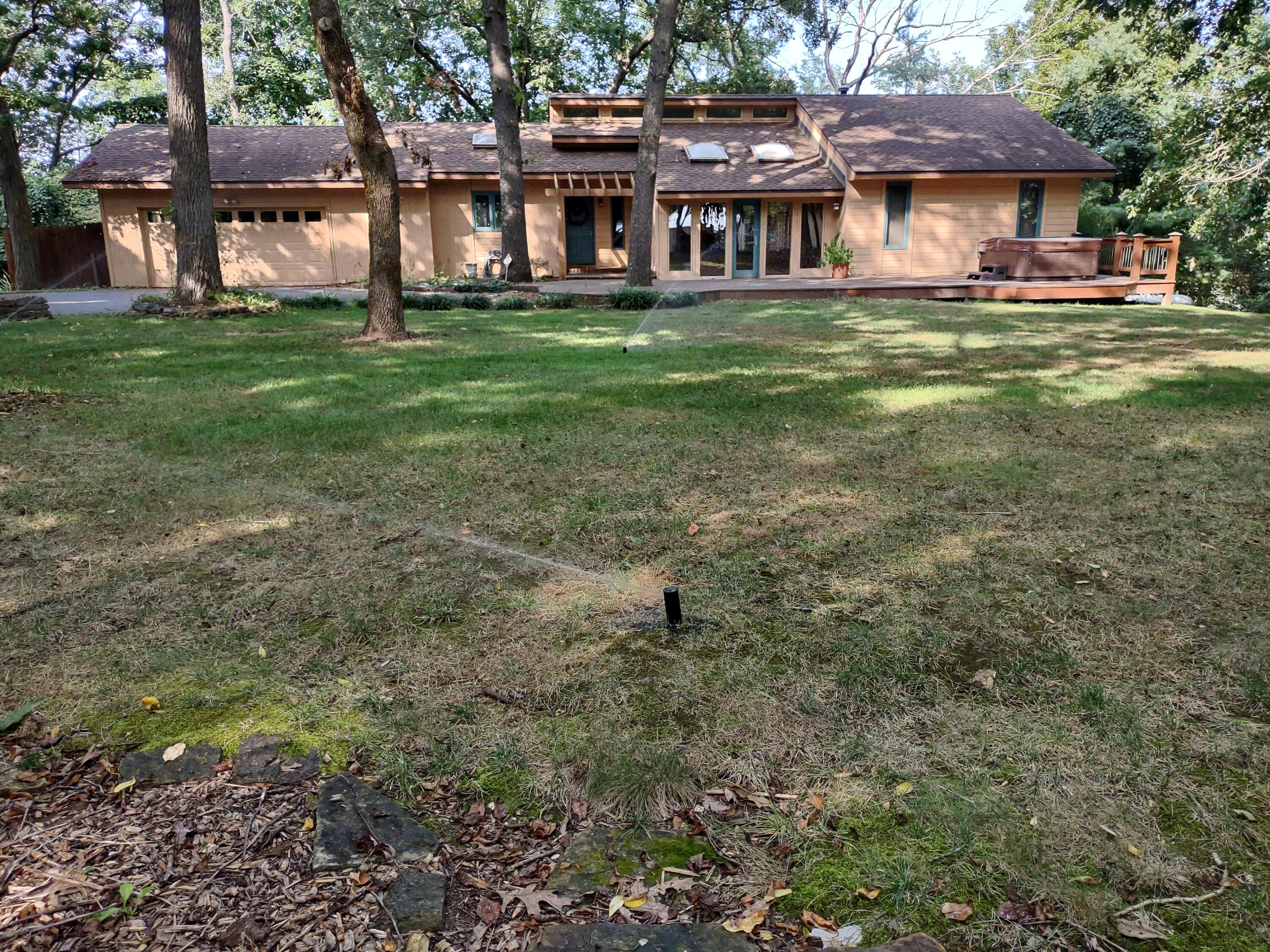 8293 East Division Street Strafford, MO 65757