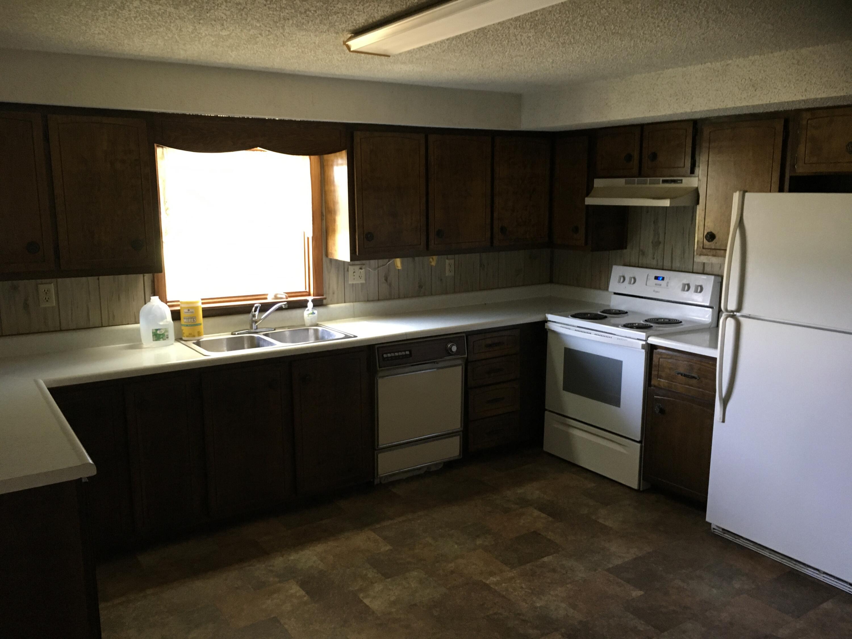 4041 West Farm Road Willard, MO 65781