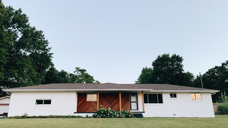 103 East Mockingbird Lane Crane, MO 65633