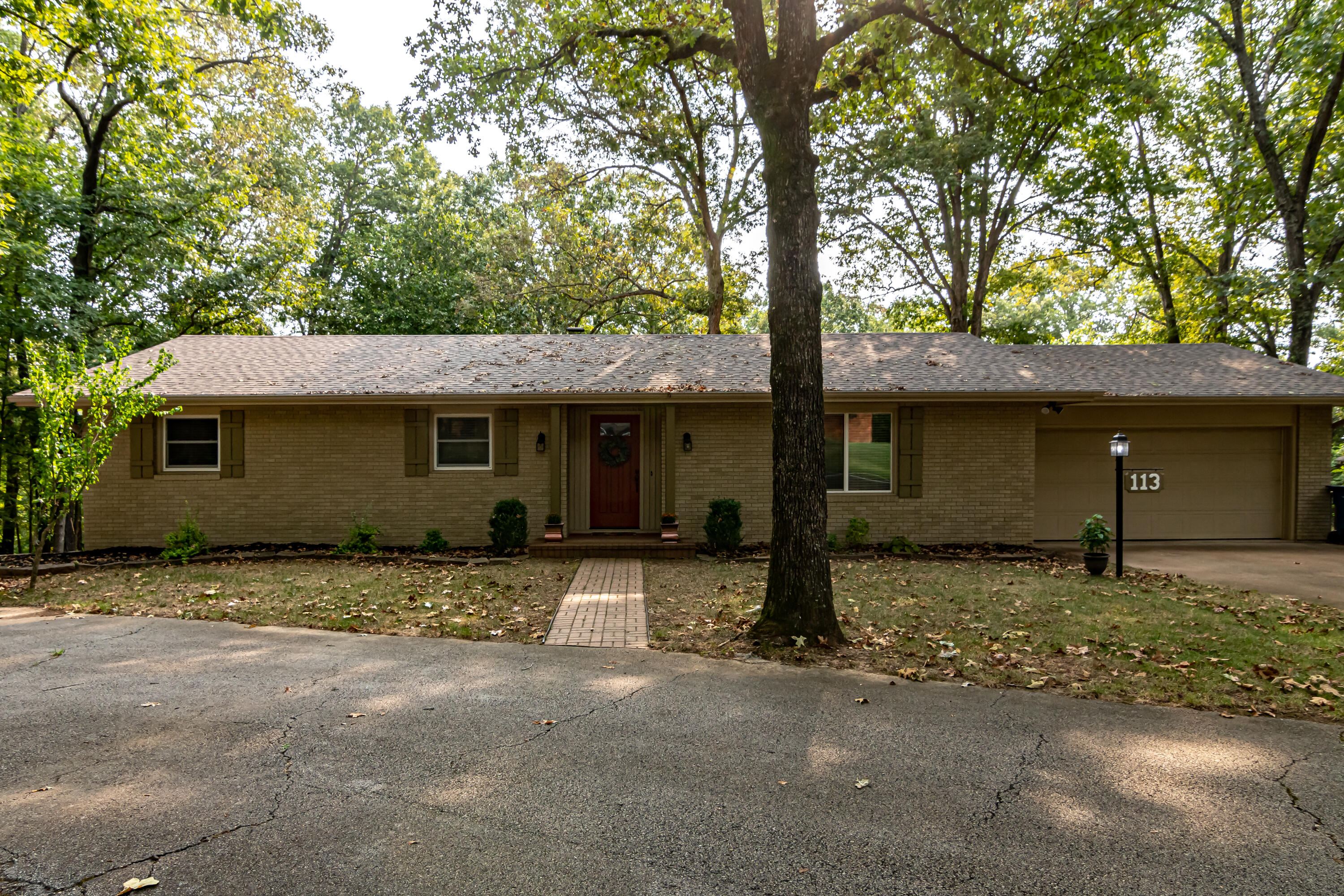 113 East End Road Branson, MO 65616