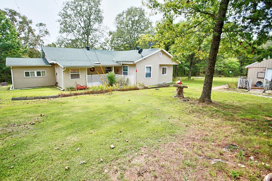 48 Jena Hill Gainesville, MO 65655