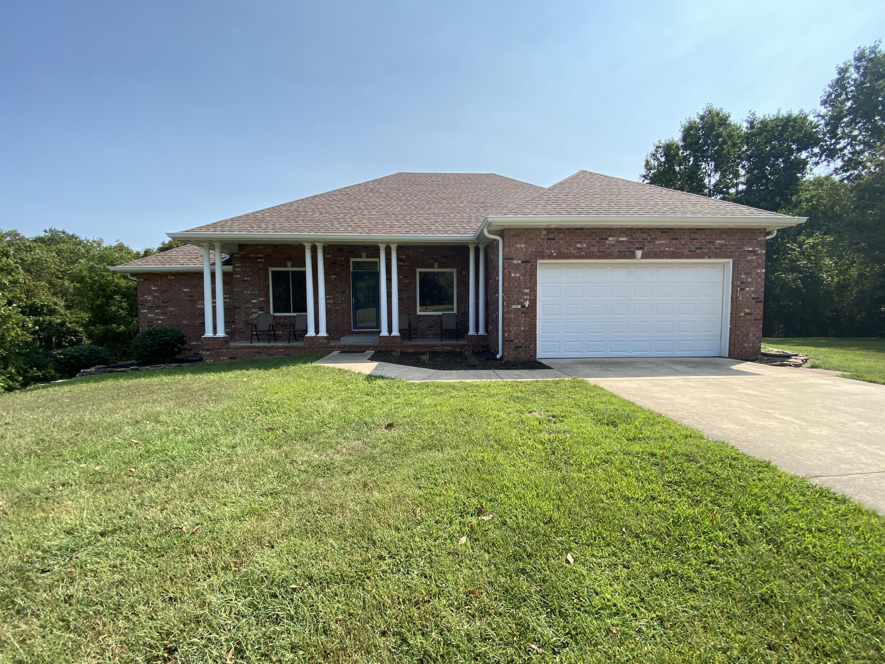 784 State Highway U Clever, MO 65631
