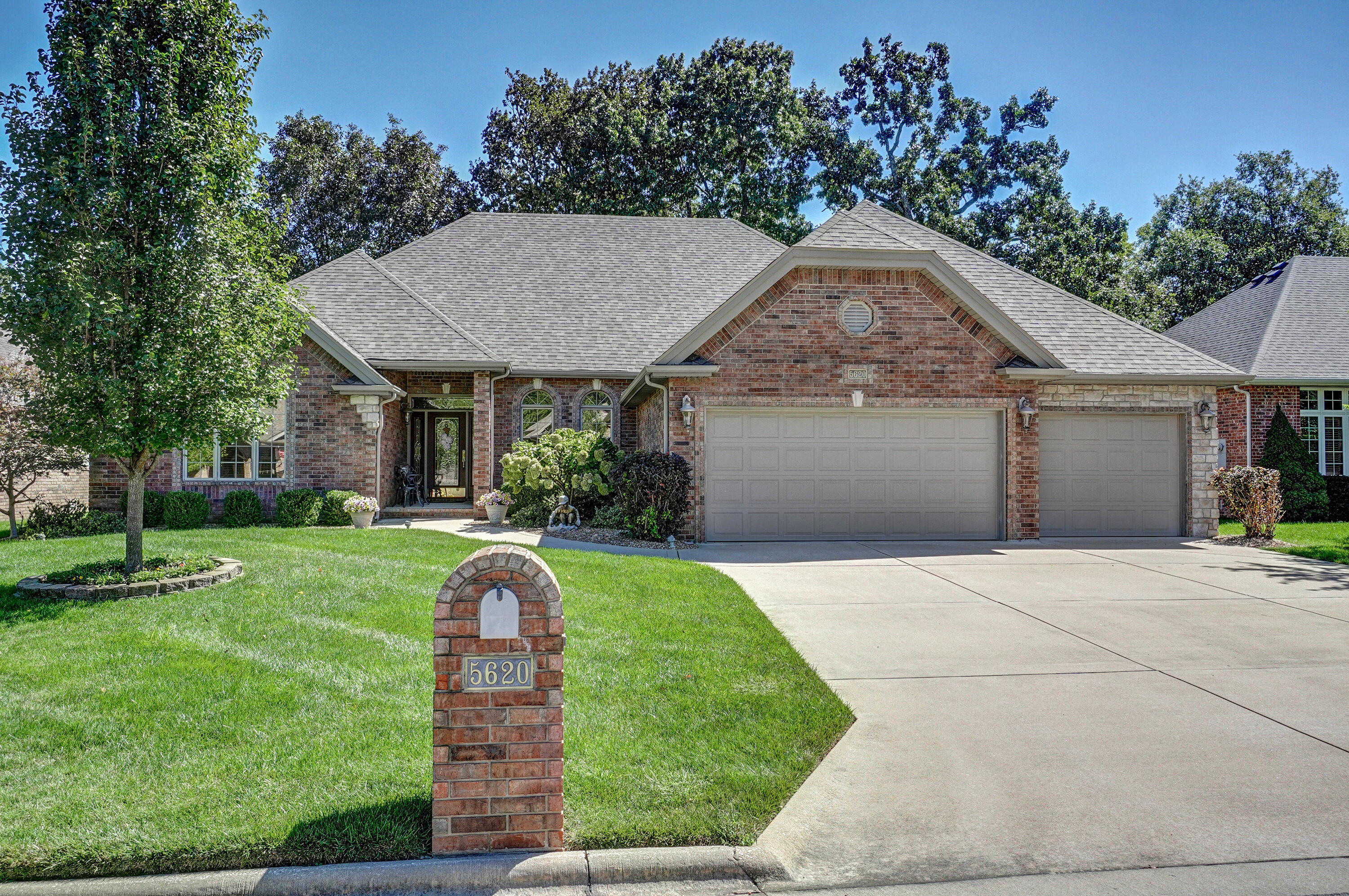 5620 South Fremont Avenue Springfield, MO 65804