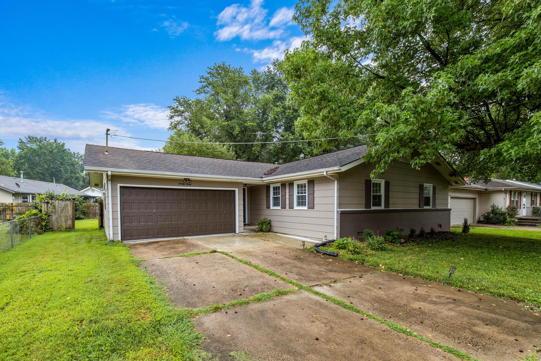 2030 South Farm Road Springfield, MO 65807