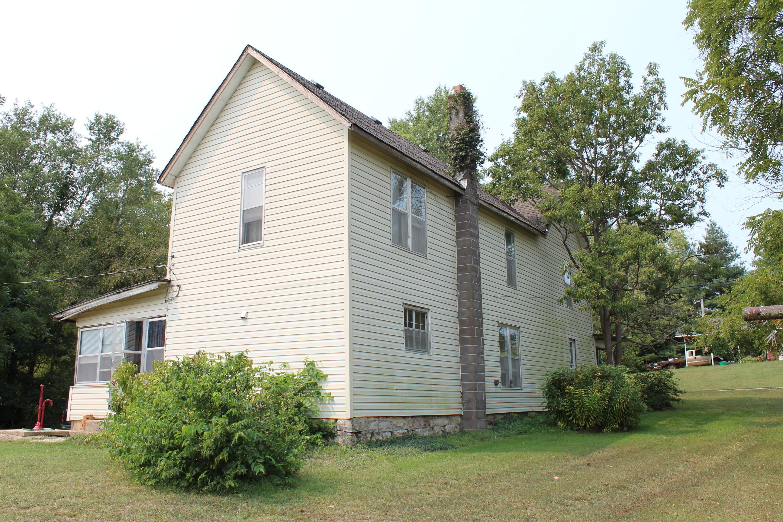 1880 Farmhouse