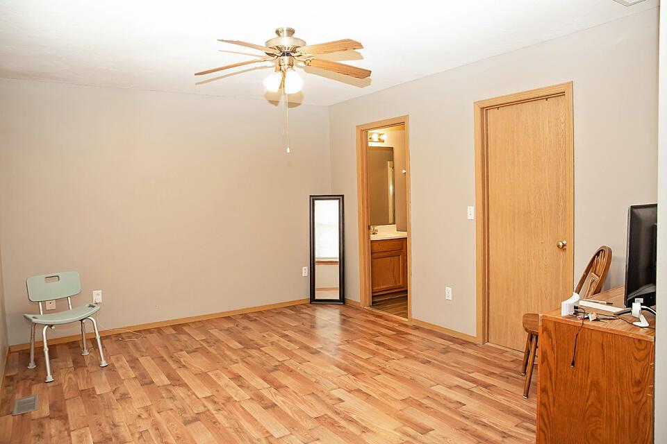 2719 West Grand Street Springfield, MO 65802