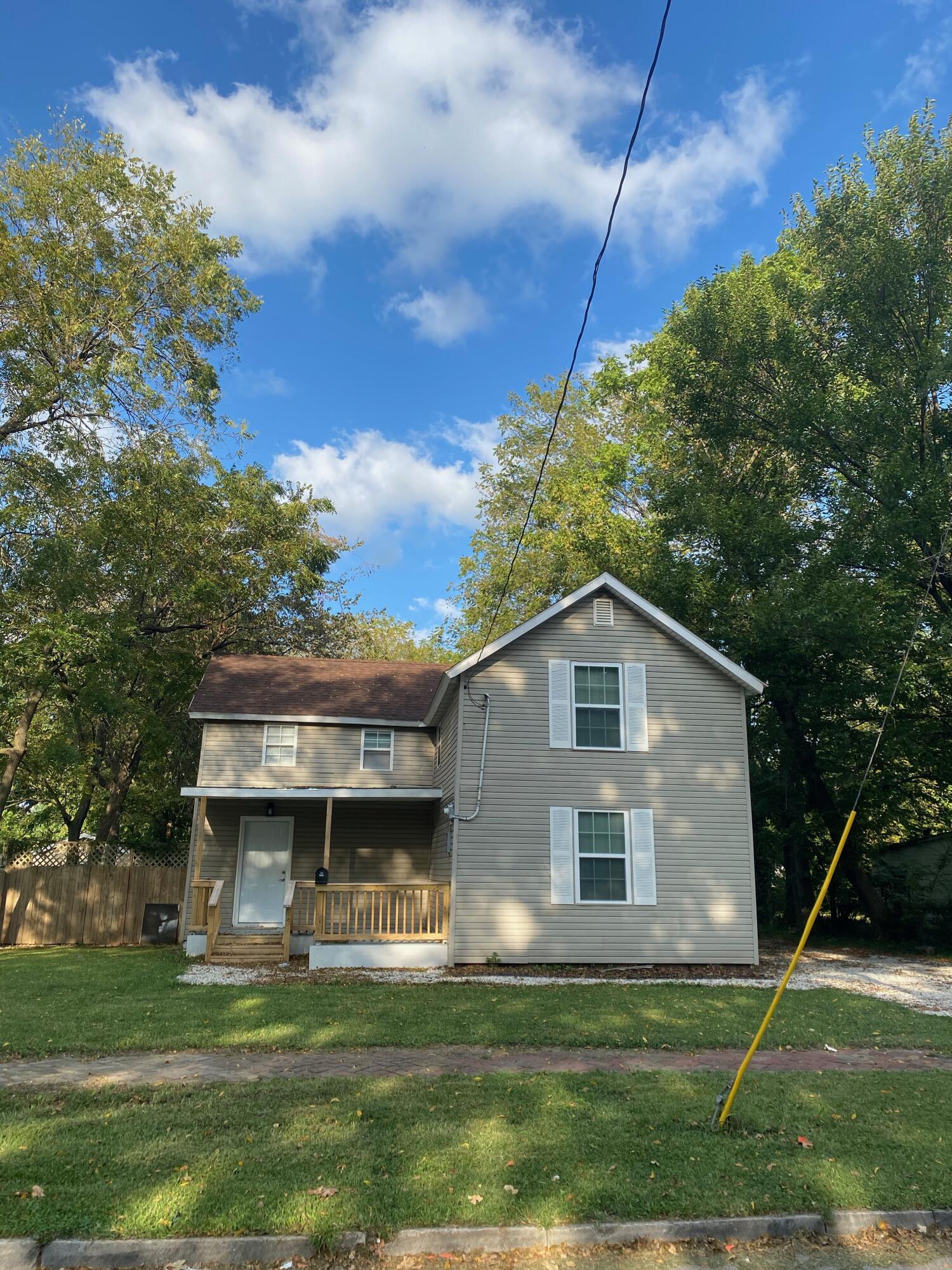 1881 North Campbell Avenue Springfield, MO 65803
