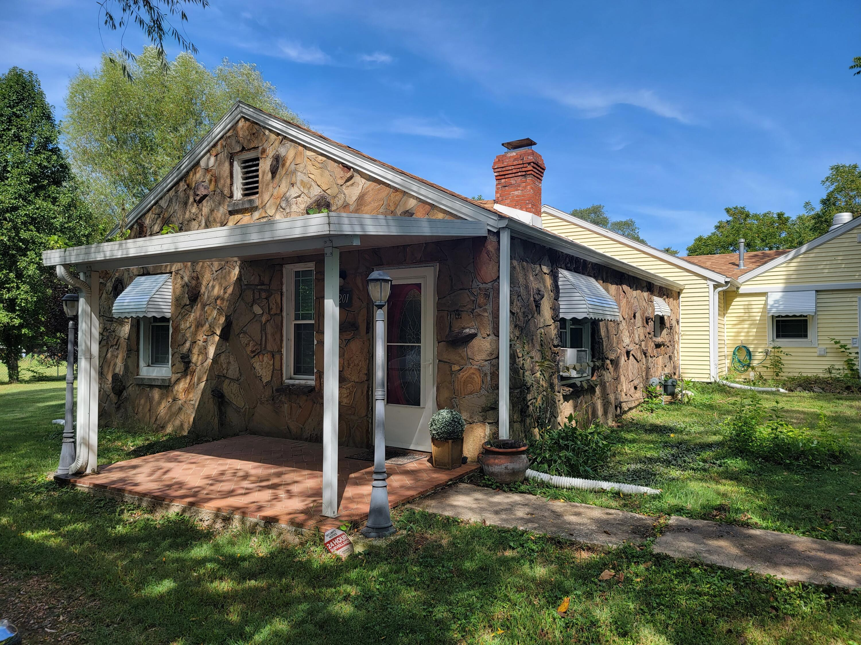 3201 West Page Street Springfield, MO 65802