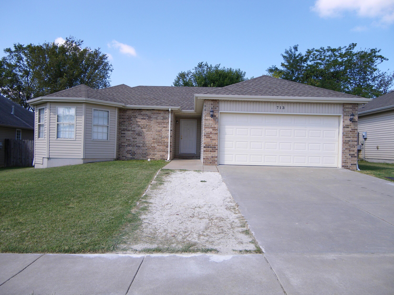 713 South Casa Grande Avenue Springfield, MO 65802
