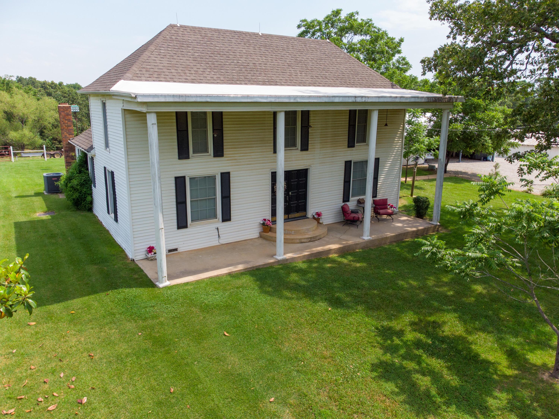 4037 County Road 4220, West Plains, Missouri 65775