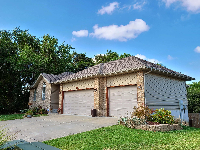401 North Jester Avenue Republic, MO 65738