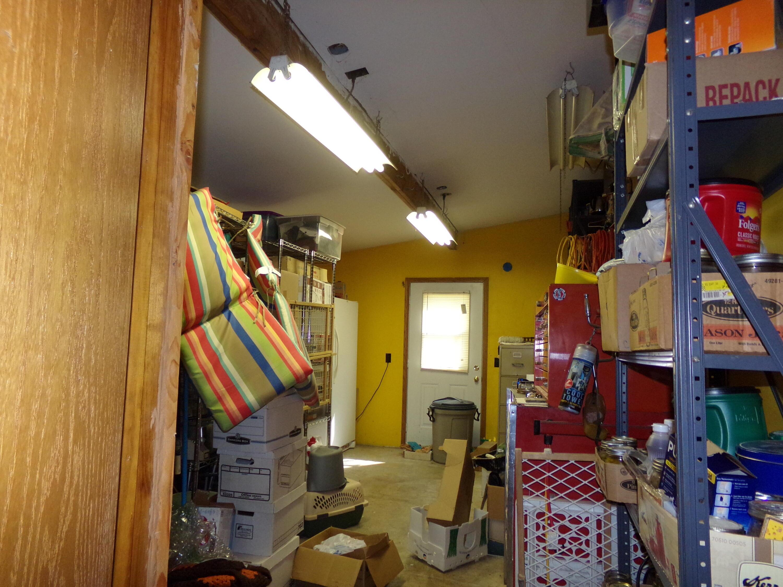 302 David Thurman Street Pineville, MO 64856