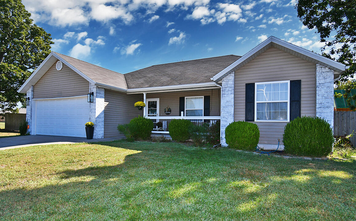 506 Rice Street Clever, MO 65631