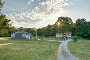 4683 North Farm Rd 79, Willard, MO 65781