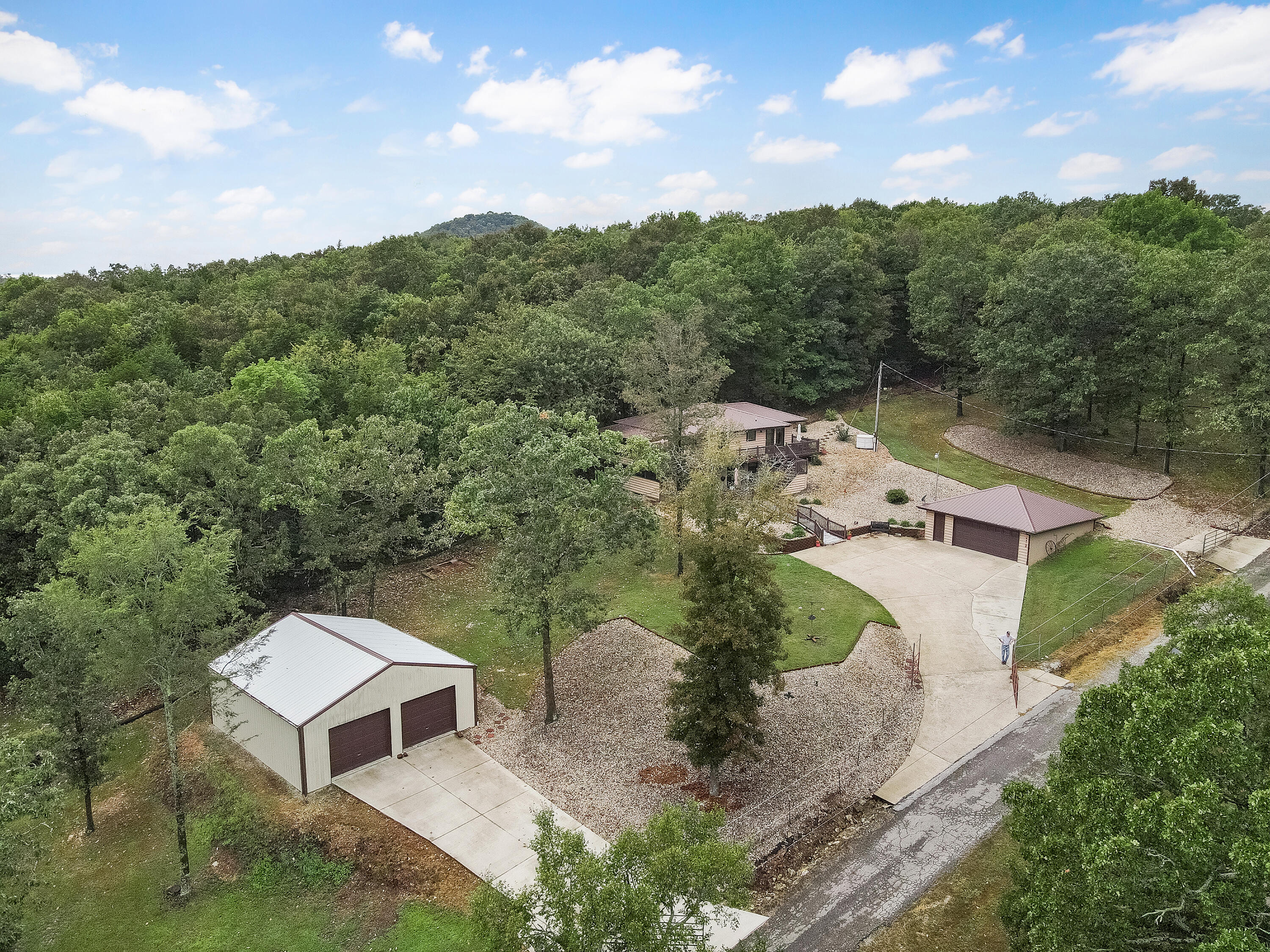 2417 West State Hwy H Shell Knob, MO 65747