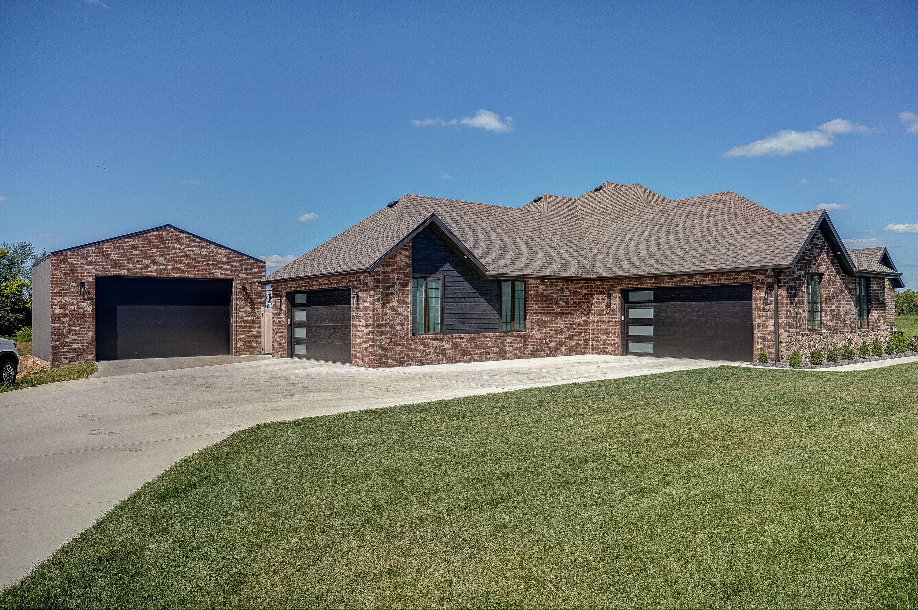 5085 South Briarwood Crossing Court Battlefield, MO 65619