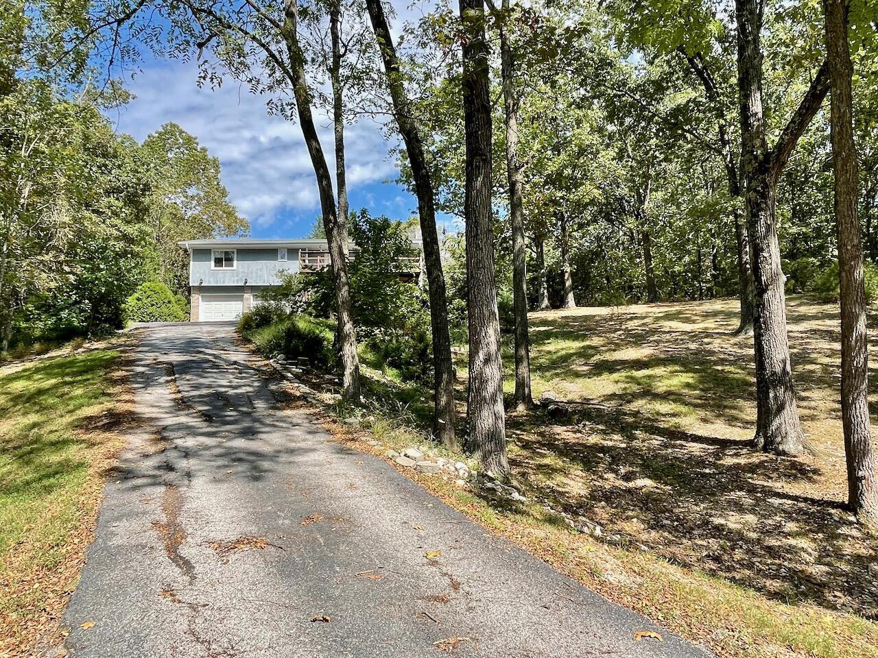 2567 Sawmill Road Highlandville, MO 65669