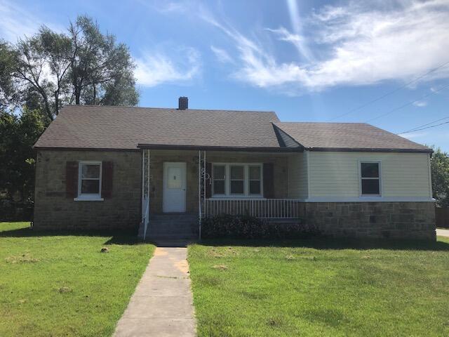801 East Prairie Lane Ash Grove, MO 65604