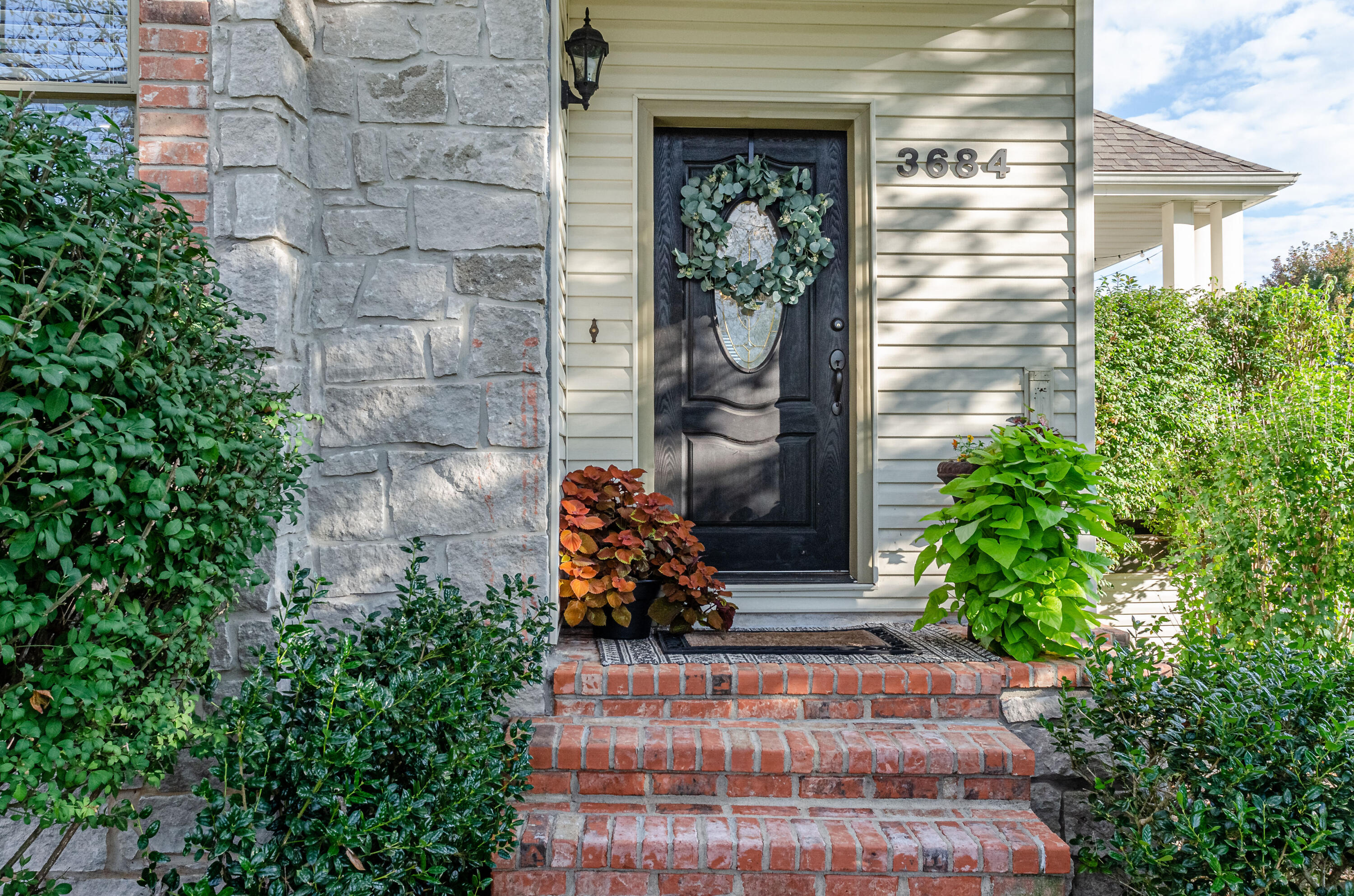 3684 East Beaumont Street Springfield, MO 65809