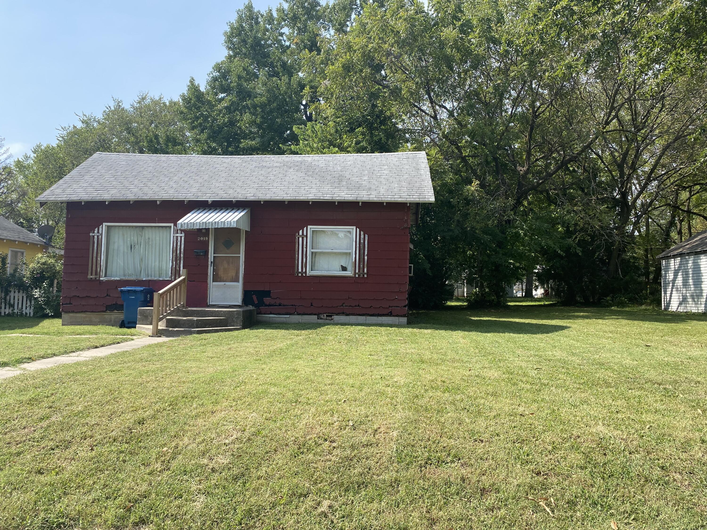 2019 North Rogers Avenue Springfield, MO 65803