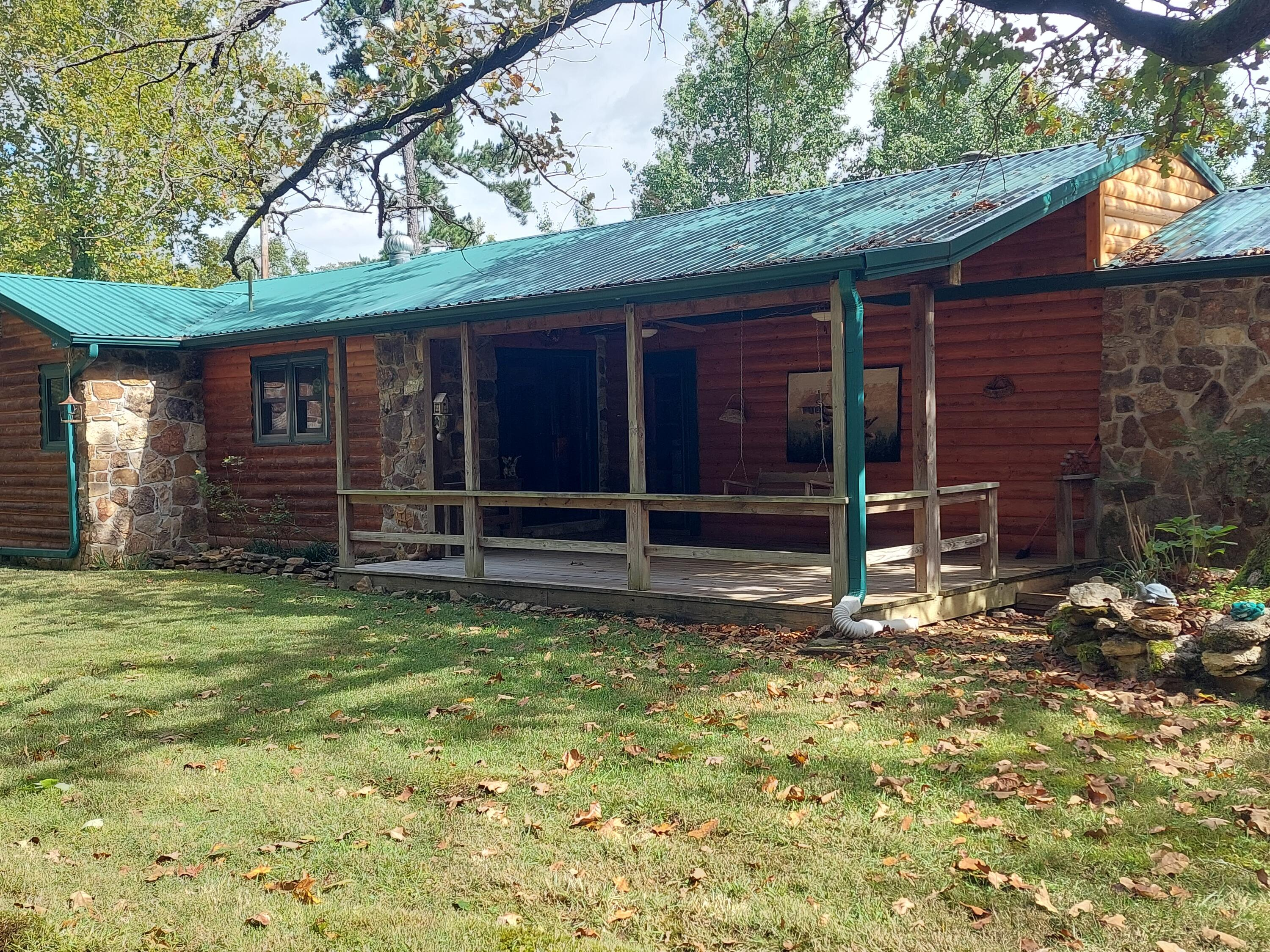 20 Cowart Road Gainesville, MO 65655