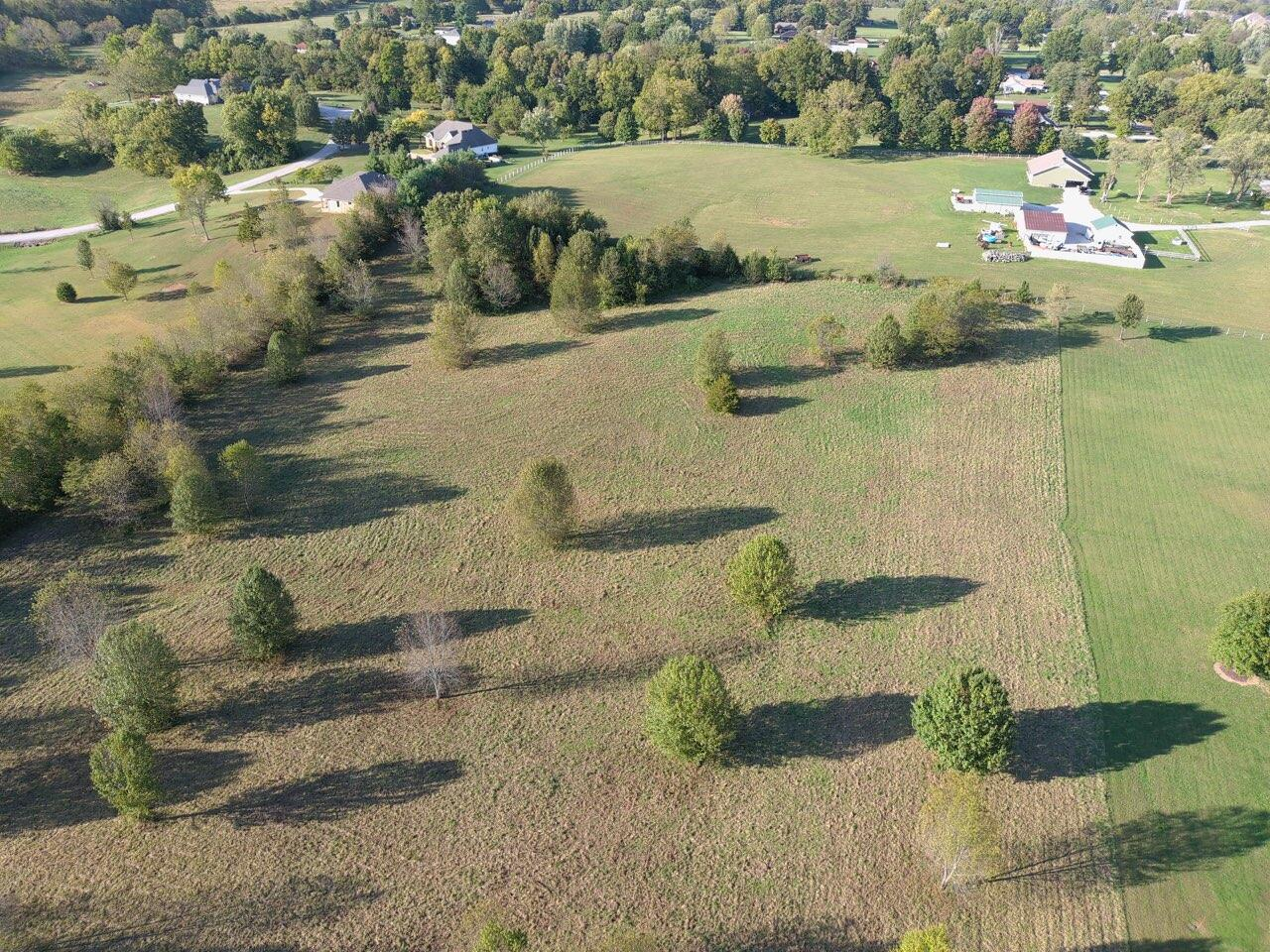 000 West Hickory Ridge Dr Nixa, MO 65714
