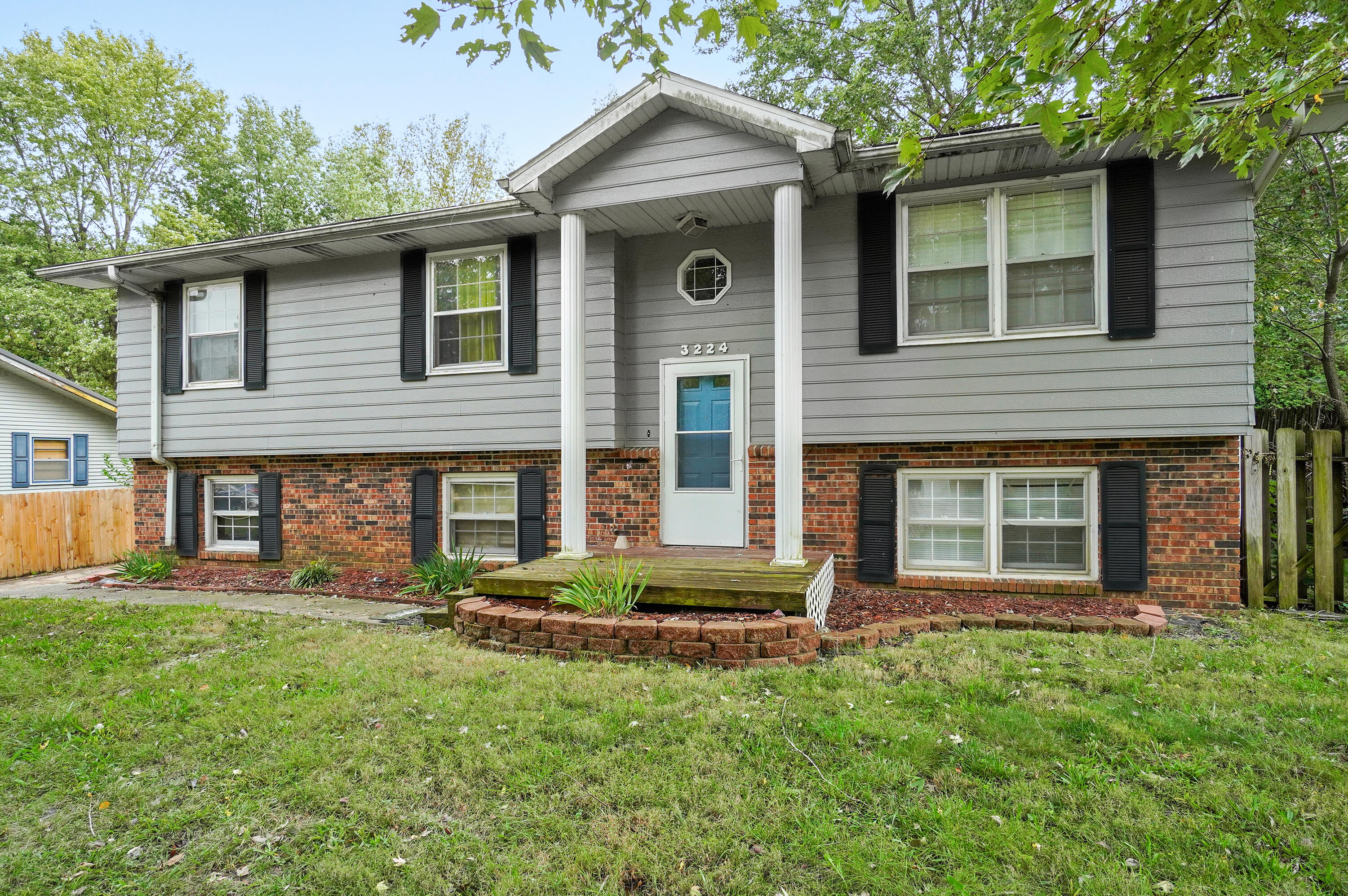 3224 West Winchester Road Springfield, MO 65807