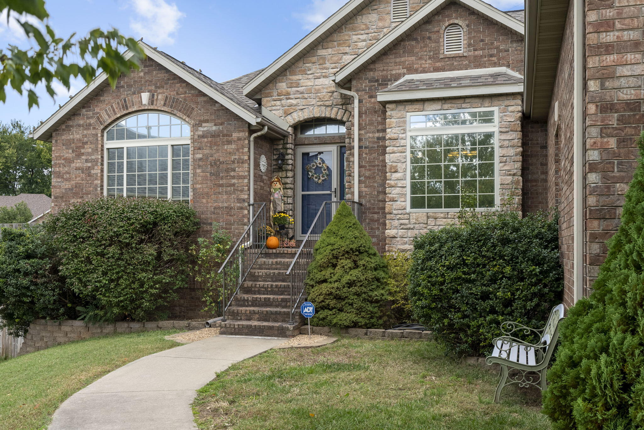 2133 West Melbourne Court Springfield, MO 65810