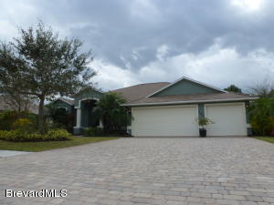 260 Devlin Court SE, Palm Bay, FL 32909