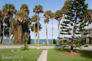 4429 Indian River Drive N, Cocoa, FL 32927