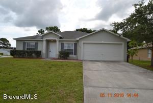 297 Gladiola Road NE, Palm Bay, FL 32907