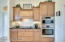 Ample Cabinets for that special cook! New Bosch SS Conv/Microwave and Conv Oven
