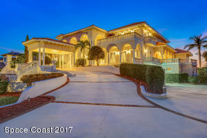 143 Lansing Island Drive, Indian Harbour Beach, FL 32937