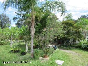 1521 Richards Drive NE, Palm Bay, FL 32905