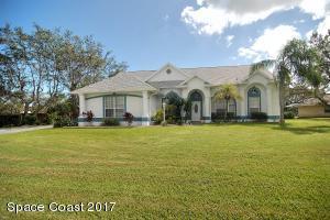 1740 Country Cove Circle, Malabar, FL 32950