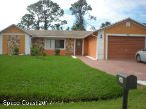 360 NE Copenhaver Avenue NE, Palm Bay, FL 32907